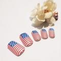 Американський прапор на нігтях