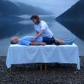 Холістичний масаж