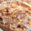 Яблучний пиріг зі сметанним кремом