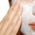 Маска для обличчя підтягує: купити або приготувати?