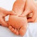 Масаж для ніг дитини