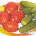 Чи можна мамі, що годує солоні огірки і помідори?