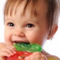 Ознаки прорізування зубів у немовлят